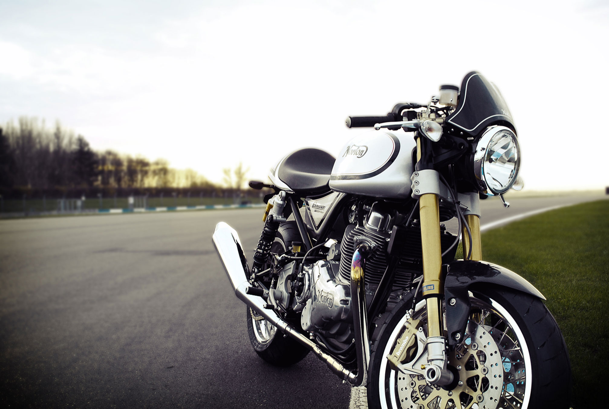 2014-Norton-Commando-961-Cafe-Racer2